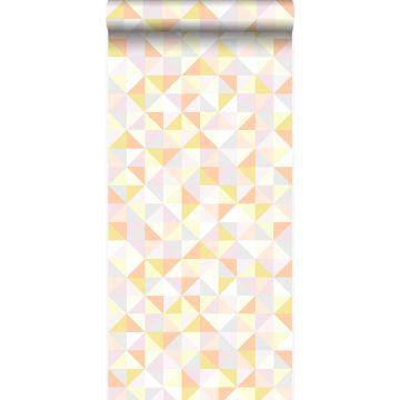 papier peint triangles rose poudre clair, orange pêche pastel, jaune pastel, gris chaud clair et or brillant