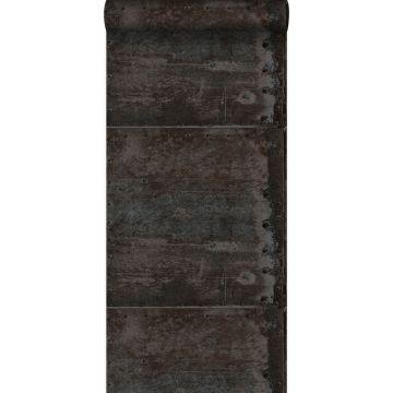 papier peint grandes plaques métalliques rouillées, vieillies, altérées et touchées par les intempéries avec des rivets noir et perle brillante